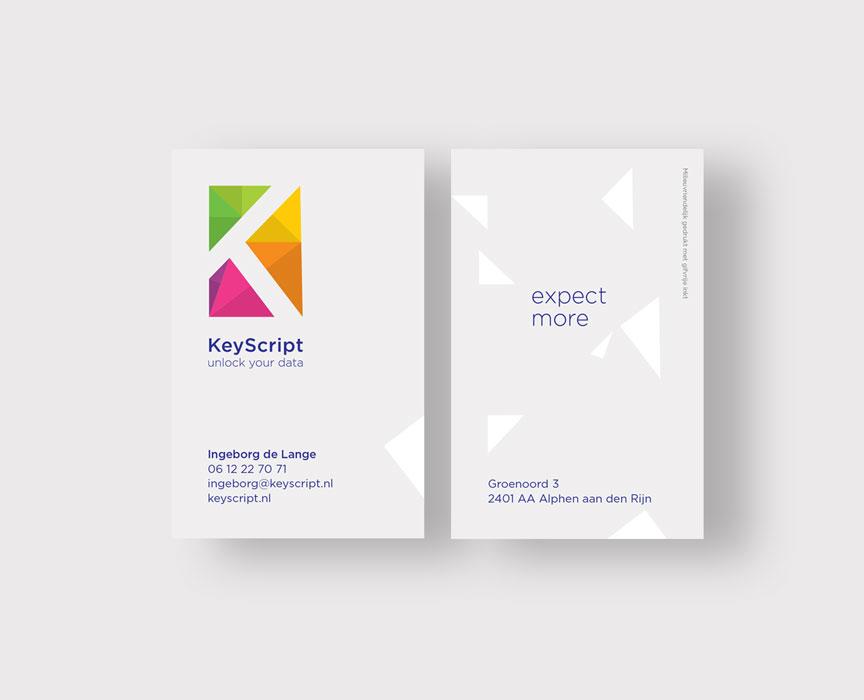 Studio-Broodnodig-keyscript-restyle-huisstijl-visitekaartje